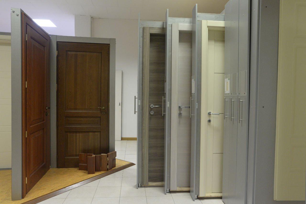 Centrolegno Ventimiglia - esposizione porte